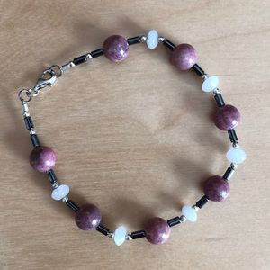 Pink and white stone bracelet